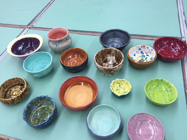 LHS Students Take Part in giving back for Empty Bowls event