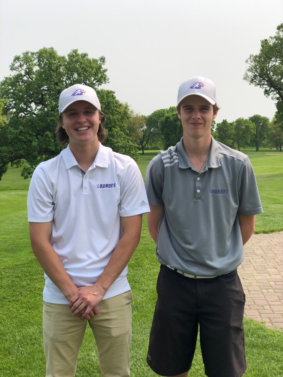 Boys Golf Participates in State
